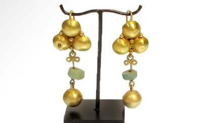 Roman Gold and Emerald Drop Earrings, c. 2nd-3rd