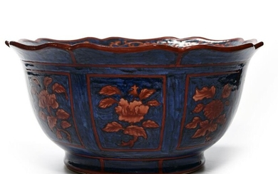 A LARGE CHINESE BOWL, CHINA, 19TH-20TH CENTURY