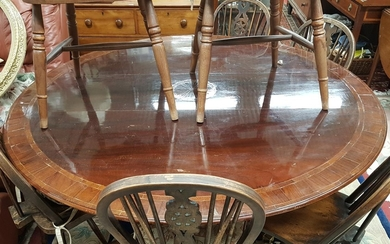 A Regency style Centre Table of large size with a crossbande...