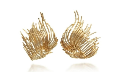 A pair of gold feather ear clips, Tiffany & Co.