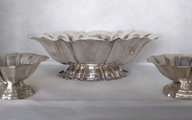 Centerpiece, with 2 bonbon stands(3) - .800 silver - Mambretti - Milano- Italy - Mid 20th century