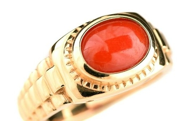 *Coral, 14k Yellow Gold Ring.