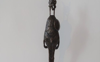 J. Keulers (1924-2019), bronze sculpture on marble base, Warrior, with monogram, dated '87, h. 47 cm.
