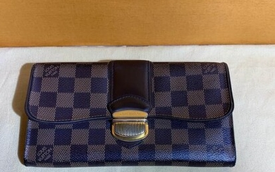 Louis Vuitton - LONG VALLET SISTINA Wallet