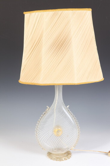 MID-CENTURY MURANO SWIRLED COLORLESS GLASS DROP-FORM TABLE LAMP. Baluster form...