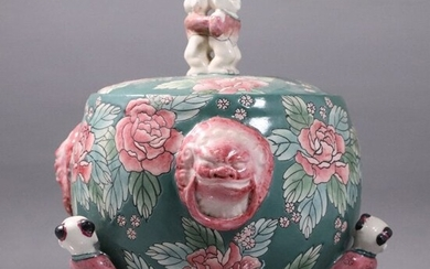 Unique Chinese Porcelain Covered Bowl on Legs, Figures