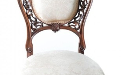 VICTORIAN CARVED SIDE CHAIR.