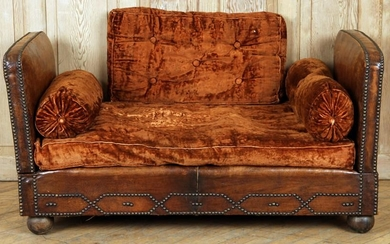 FRENCH LEATHER DAY BED NAIL HEAD TRIM C.1920