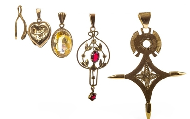 A COLLECTION OF PENDANTS
