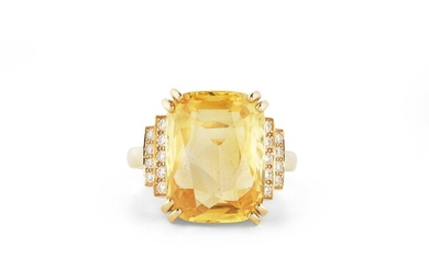 BAGUE SAPHIR JAUNE ET DIAMANTS | YELLOW SAPPHIRE AND DIAMOND RING