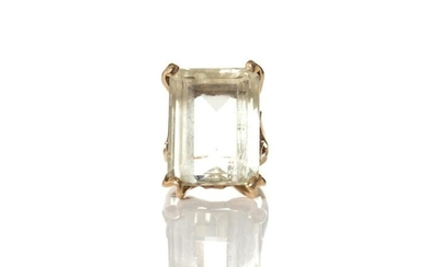 GOLD CITRINE COCKTAIL RING, 9.5g