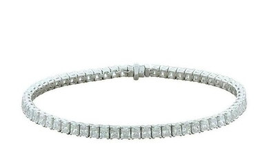 Radiant Cut Diamond Gold Tennis Bracelet