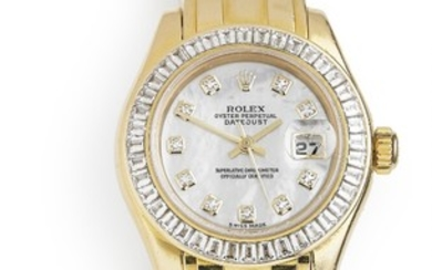 Rolex: A lady's wristwatch of 18k gold. Model Pearlmaster, ref. 80308. Mechanical COSC movement with automatic winding, cal. 2235. 2001.