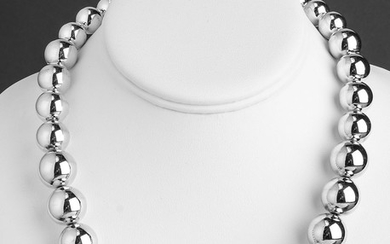 Vintage Silver Graduated Round Bead Necklace
