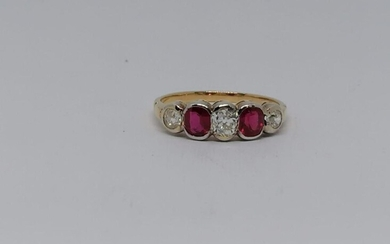White and Yellow Diamond, Ruby ring Riviere