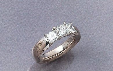 18 kt gold GUBELIN ring with diamonds