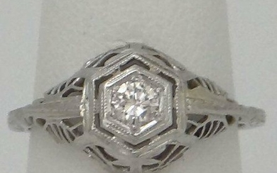 18K WHITE GOLD .20ct DIAMOND VINTAGE FILIGREE RING