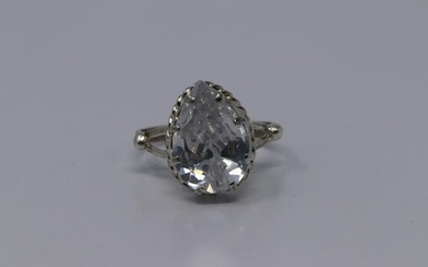 925 Silver Pear Shaped Ring.