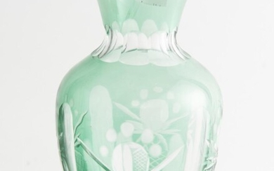 A BOHEMIAN GREEN CUT GLASS VASE, 19 CM HIGH, LEONARD JOEL LOCAL DELIVERY SIZE: SMALL