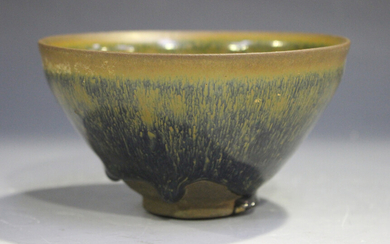 A Chinese brown 'hare's fur' glaze pottery bowl, Song dynasty style but later, the ci