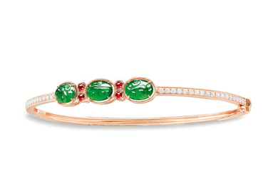 A Jadeite Cabochon and Diamond Bangle