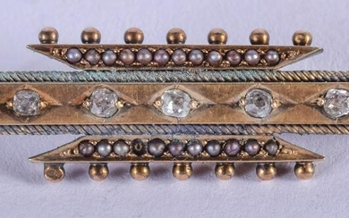 A VICTORIAN 15CT GOLD DIAMOND AND PEARL BROOCH. 8.6