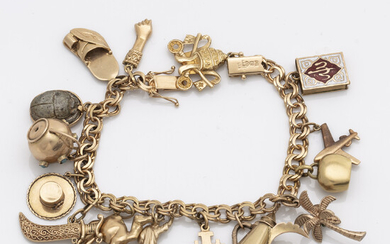 BRACELET with charms, 18K gold, approx 17,5 x 0,5 cm, 35,3 g