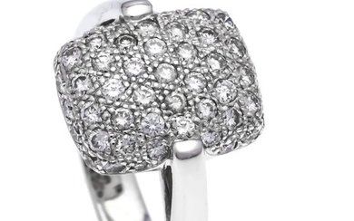 Brilliant ring WG 750/000 with diamonds, total 0.91...