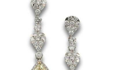 GOLD LARGE EARRINGS WITH DIAMONDS
