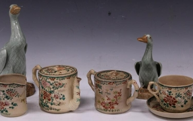 JAPANESE VINTAGE POTTERY, CHINESE DUCKS (LOT)
