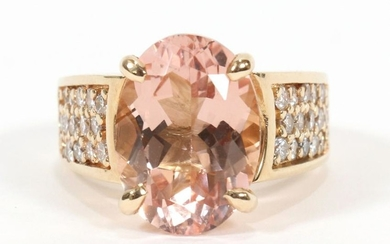 MORGANITE & DIAMOND, GOLD RING