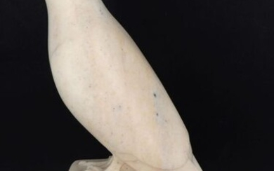 """Michel ROBERT (1918-2004), sculptor - """"Pigeon"""", sculpture in pink marble, signed, circa 1940, H 35,5 cm, family provenance. Michel Robert was born in Paris on April 22, 1918, son of Eloi Robert (sculptor, 1881-1949). It is only from the 90s that he..."""
