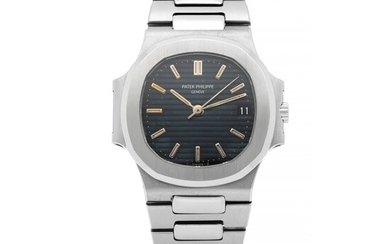 PATEK PHILIPPE | NAUTILUS, REF 3800/1 STAINLESS STEEL WRISTWATCH WITH DATE AND BRACELET MADE IN 1987