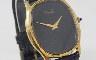 Piaget: Gentleman's Wristwatch on Leather Strap. 18ct Gold E...