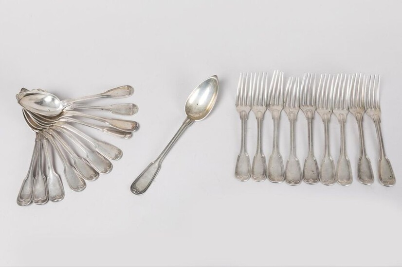 SILVER - Part of solid silver housewife: 6 large spoons,...