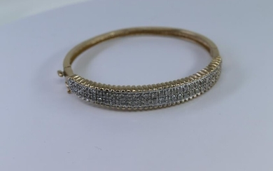 14Kt Yellow Gold | Diamond Bangle| 1.00ctw