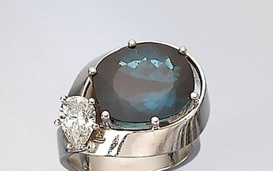 18 kt gold ring with tourmaline and diamond