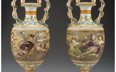 61061: A Pair of Wedgwood Queensware Urns, 19th century
