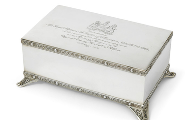 A GEORGE VI SILVER PRESENTATION JEWELLERY BOX, MARK OF F. J. M. LTD., LONDON, 1951