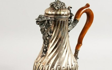 A SUPERB 19TH CENTURY FRENCH .800 SILVER COFFEE POT