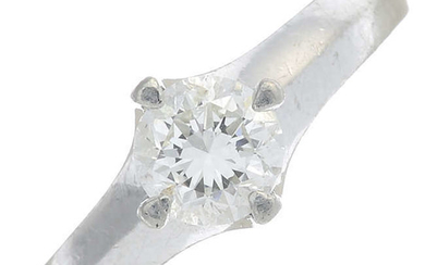A brilliant-cut diamond single-stone ring.