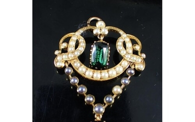 A seed pearl and gem set antique pendant approx. 5.8 grams