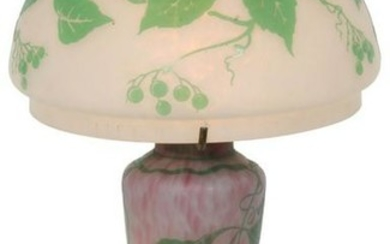 Leaf & Berry Cameo Glass Lamp
