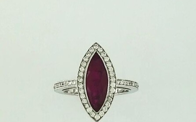 Marquise ring in 750°/°° white gold with a shuttle ruby of approx. 3 cts. in a diamond setting, finger size 63, Gross weight: 5,48g