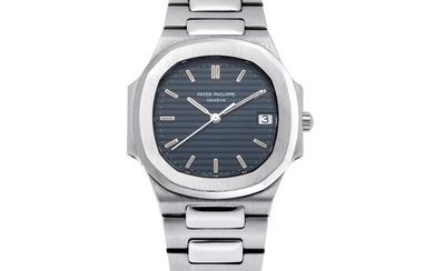 PATEK PHILIPPE | NAUTILUS, REF 3900 STAINLESS STEEL WRISTWATCH WITH DATE AND BRACELET MADE IN 1985