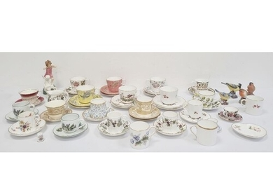 Quantity of assorted cups and saucers to include Royal Worce...