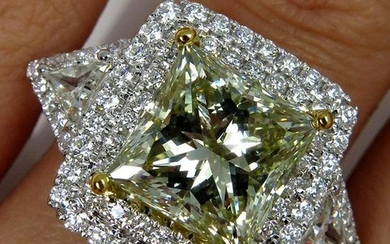 Spectacular GIA 6.81ctw Estate Natural Fancy GREEN