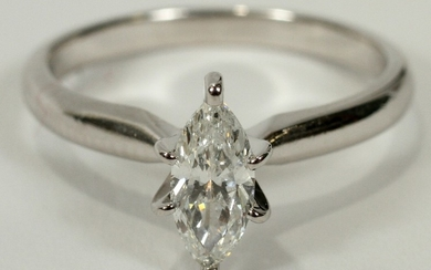 0.50CT MARQUISE DIAMOND VS2 14 KT. WHITE GOLD RING SIZE 5.0 TW 2.2 GR
