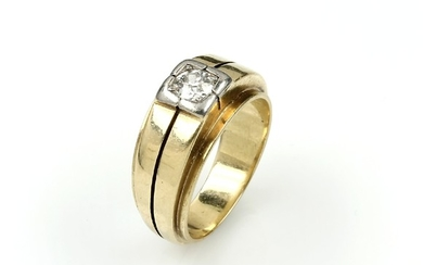 14 kt gold ring with diamond ,...