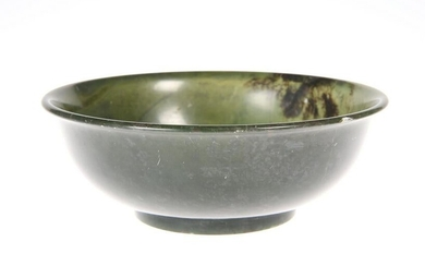 A CHINESE SPINACH JADE BOWL, 19th/20th Century